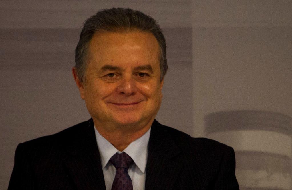 Precios de combustibles oscilarán por región, reitera Sener